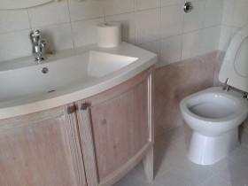 Pulizia del bagno come pulire il bagno impresa di - Pulizia tappeti ammoniaca ...